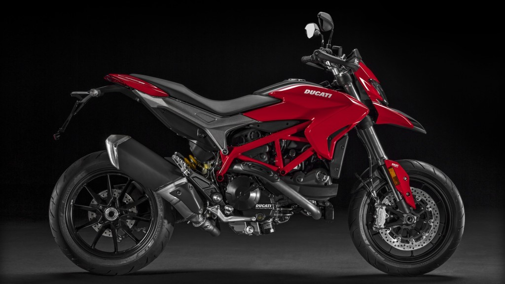 Hypermotard-939_2016_Studio_R_C01_1920x1080_mediagallery_output_image_[1920x1080]