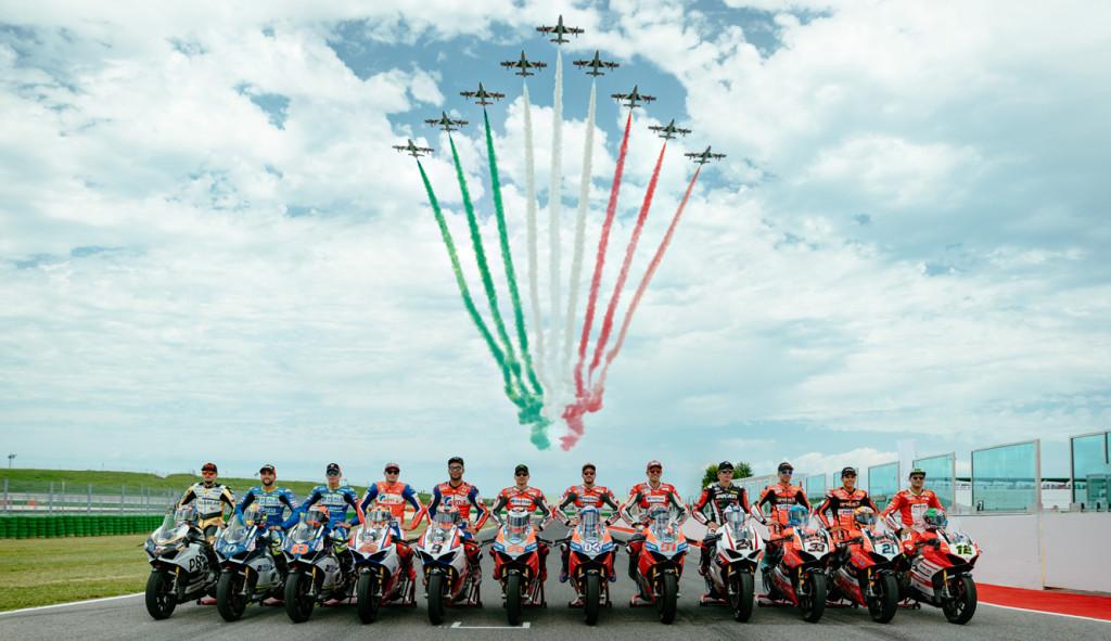 WDW18-Piloti-Frecce-Tricolore-01-Editorial-Image-1330x768