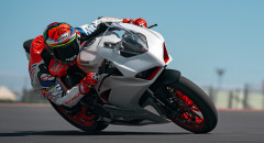 Panigale-V2-WH-Dinamica-01-gallery-906x510